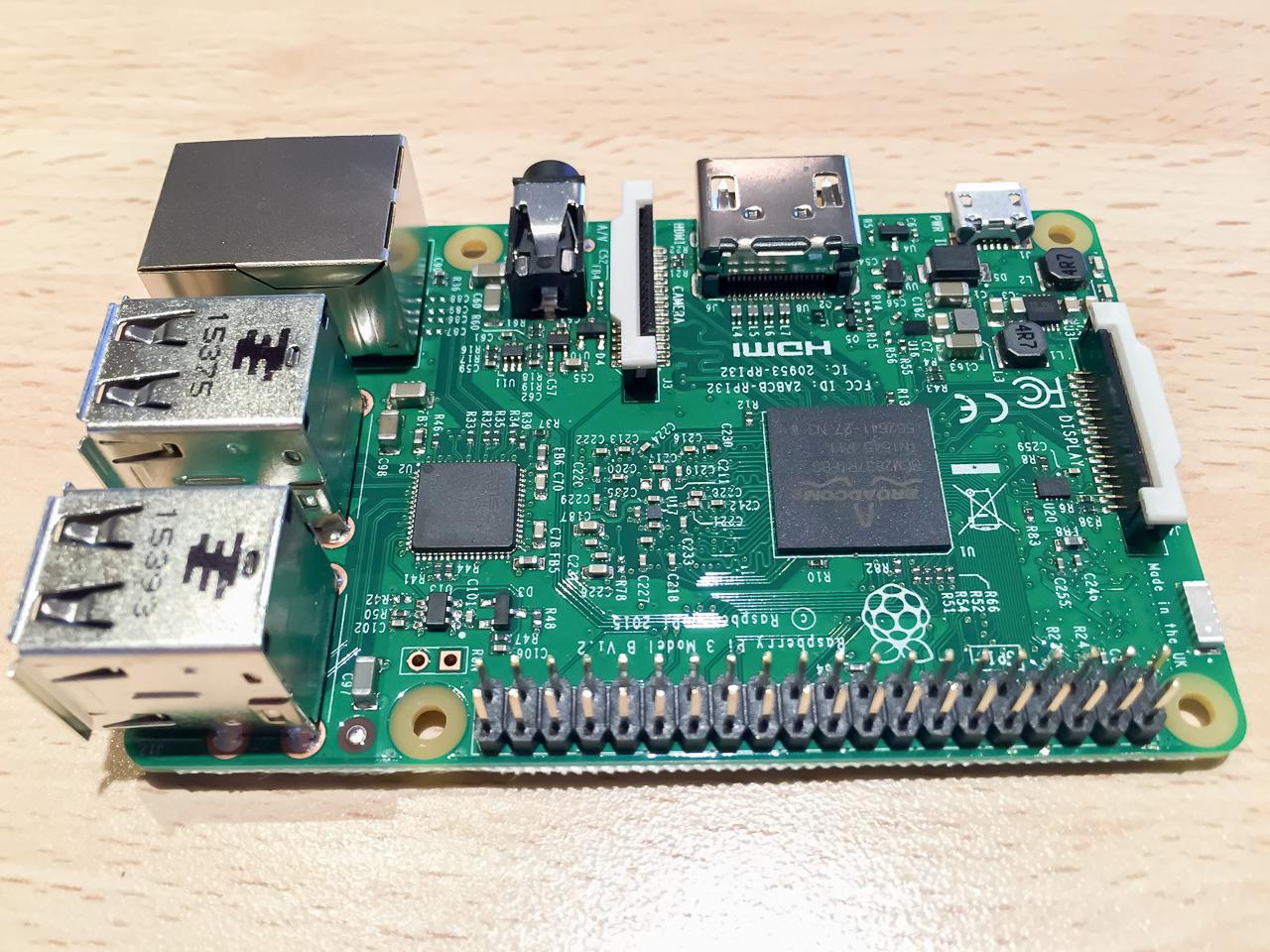 RaspBerry Pi 3 mit Steckerleiste